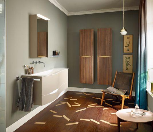 """Die Nasszelle: Das moderne Badezimmer ist ein Ort zum Wohlfühlen. Endverbraucher sollten beim Möbelkauf auf das """"Goldene M"""" achten. Beim Material haben sie die freie Wahl."""