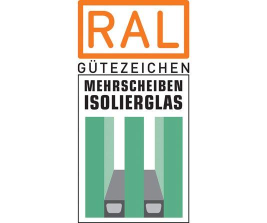 """RAL Gütezeichen """"Mehrscheiben-Isolierglas"""" (Foto: GMI)"""