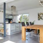 Stadtvilla BRAVUR 400: Küche und Essplatz