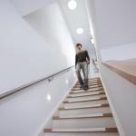 Treppe mit Tageslichtspots