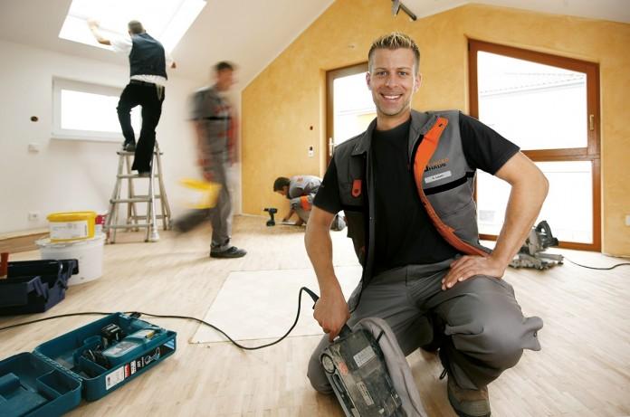 Beim Innenausbau eines Finger-Fertighauses in Eigenleistung können die Bauherren bares Geld sparen. Foto: FingerHaus