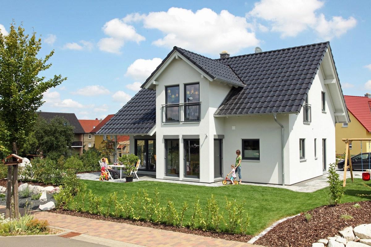 Außenansicht des frei geplantes Einfamilienhauses