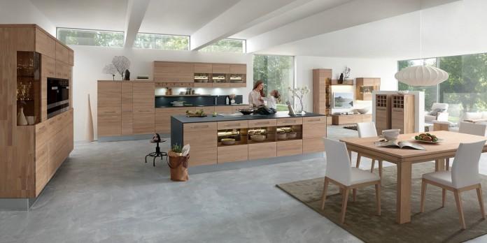 """"""" Massivholz verleiht Küchen einen modernen wohnlichen Charakter."""" Foto: IPM/Decker"""