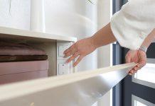 Klassiker der Automation: der sich per Knopfdruck öffnende Rollladen (Foto: FingerHaus)