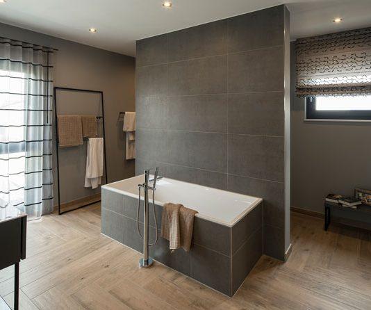 Ein barrierefreies Badezimmer genießen Menschen aller Altersklassen. (Foto: FingerHaus)