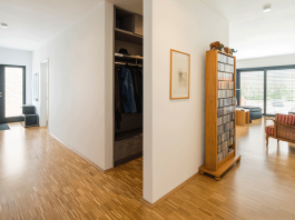 Holzboden - Stäbchenparkett aus Eiche. (Foto: FingerHaus)